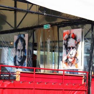 ambiance de l'expositions au batofar à paris