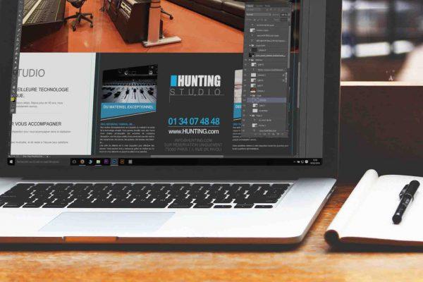 ordinateur sur photoshop en cours d'infographie