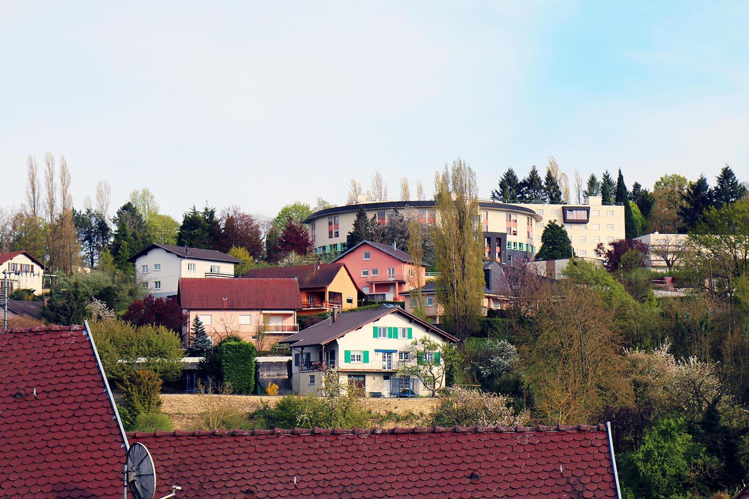 vue d'altkirch pendant l'expositions au festival le court en alsace