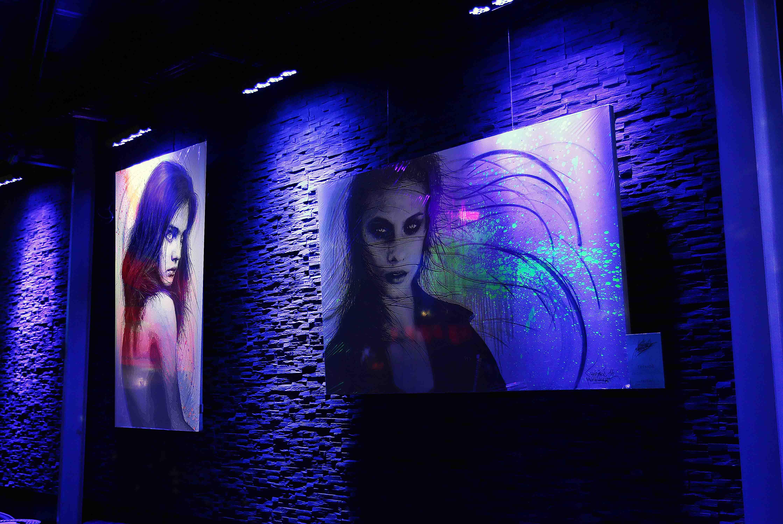 tableaux violencia et tremor au vegas pub à l'isle adam réalisés par frederic michel langlet